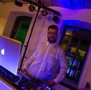 DJ Zvone
