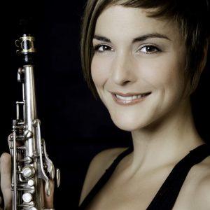 Saxophonistin Julia